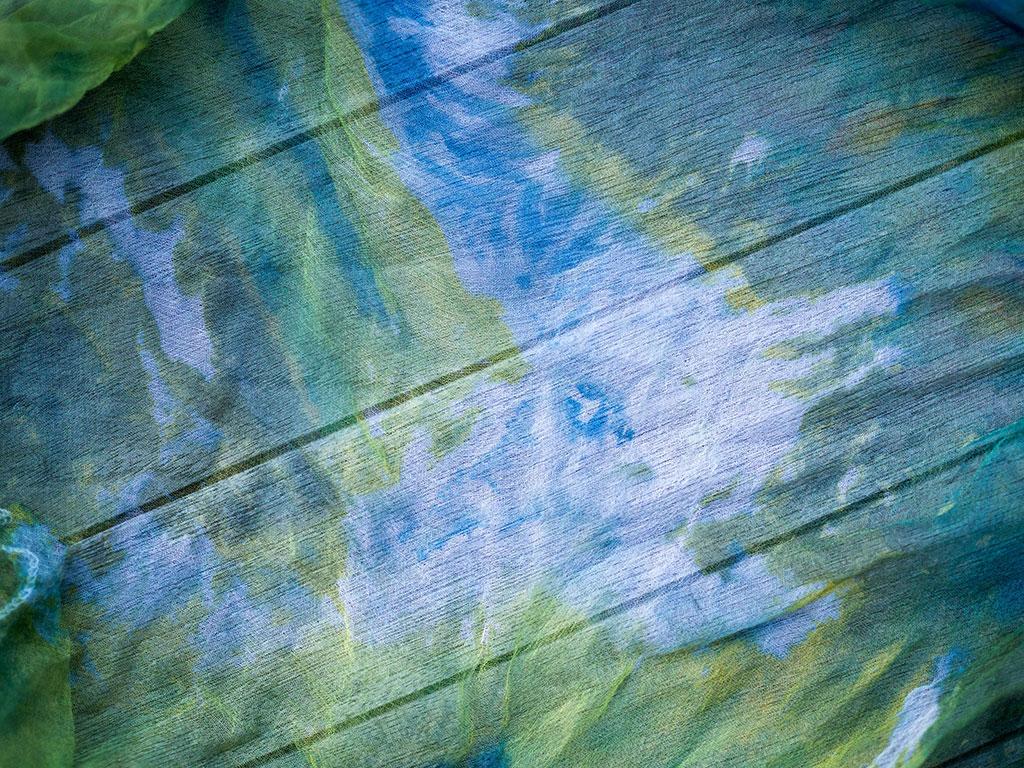 How To Ice Dye Textiles Seamwork Magazine